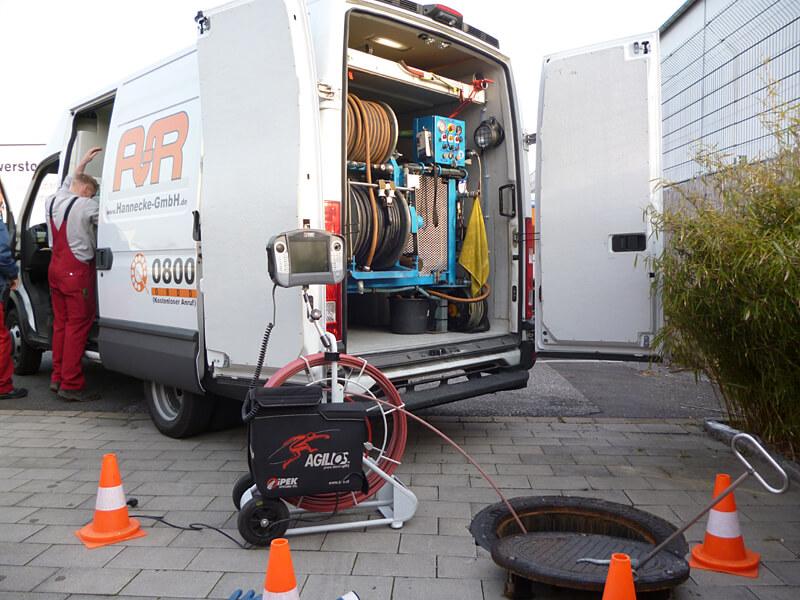 Einsatzfahrzeuge für unsere Notdienste der Rohrreinigung in Gladbeck